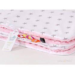 komplet kocyk minky 75x100 + poduszka gwiazdki szare na bieli / jasny róż marki Mamo-tato