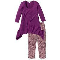 Piżama ze spodniami 3/4 i shirtem z dłuższymi bokami  fiołkowy z nadrukiem marki Bonprix