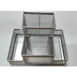 Przybornik na biurko siatka 4A srebrny