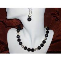 N-00017 Naszyjnik z perełek szklanych, czarnych