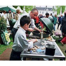 Grill ceramiczny Big Green Egg rozmiar XS + Metalowa podstawa - produkt dostępny w GrillCenter.com.pl