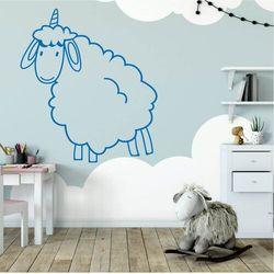Naklejka na ścianę dla dzieci owieczka 2546 marki Wally - piękno dekoracji