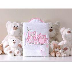 kocyk dla niemowląt długowłosy dwustronny z haftem sówki uszatki biało-różowe marki Mamo-tato