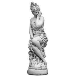 Figura ogrodowa betonowa kobieta na podeście 68cm