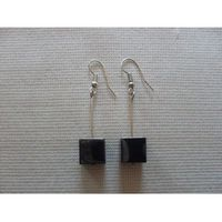 K-00169 Kolczyki z szarą kostką z hematytu