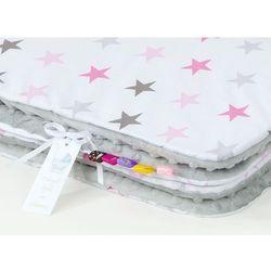 kocyk minky dla dzieci 100x135 gwiazdki szare i różowe d / jasny szary marki Mamo-tato
