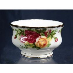 Royal albert old country rose cukiernica 0,15l