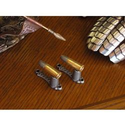 Zestaw wieszaków w formie amunicji (28) marki Denix