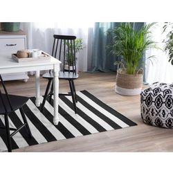 Dywan na zewnątrz czarno-biały 140 x 200 cm tavas marki Beliani