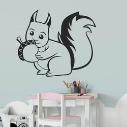 Naklejka na ścianę dla dzieci wiewiórka 2412 marki Wally - piękno dekoracji