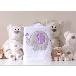 Mamo-tato kocyk dla dzieci długowłosy dwustronny z haftem słonik biało-fioletowy