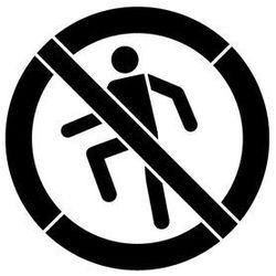 Szabloneria Szablon wielokrotnego użytku znak zakaz chodzenia po powierzchni - 15x15 cm