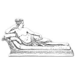 Figura ogrodowa betonowa kobieta leżąca na szezlongu 34cm