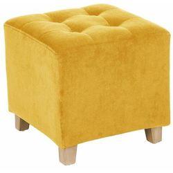 Uniwersalny, kwadratowy, welurowy puf o kompaktowych wymiarach 35 x 35 cm, z drewnianymi nóżkami, kolor obicia żółty (musztardowy)