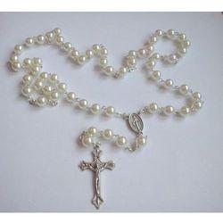 Różaniec perełkowy w kolorze białym + etui kwadratowe z wizerunkiem Pana Jezusa - produkt z kategorii- Dew