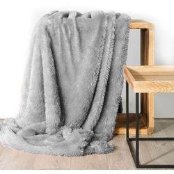 Koc narzuta na fotel TIFFANY 70x160 srebrny