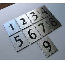 Numer, Numery Grawerowane na Drzwi z aluminium poj - produkt z kategorii- Akcesoria do drzwi