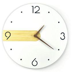 Bambusowy zegar ścienny nord simple marki Woodwaycrafts