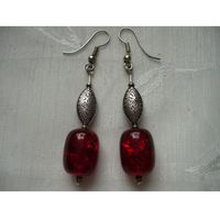 K - 000227 Kolczyki z czerwonymi koralikami
