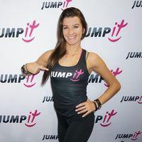- top czarny moveit shapeit jumpit - l marki Jumpit
