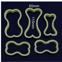 PLASTIKOWE FOREMKI wykrawacze CIASTEK- 5 szt kość
