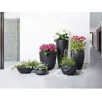 Doniczka czarna - ogrodowa - balkonowa - ozdobna - 40x40x40 cm - ohrit marki Beliani