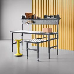 Kompletny stół warsztatowy z rolkami