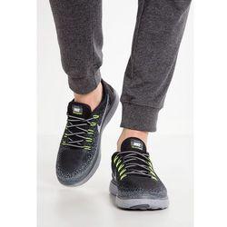 Nike Performance FREE RUN DISTANCE SHIELD Obuwie do biegania neutralne schwarz/grau ze sklepu Zalando.pl