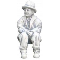 Figura ogrodowa betonowa chłopiec siedzący 35cm