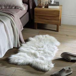 Dywanik przed łóżko, barania skóra livio marki La redoute interieurs