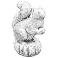 Figura ogrodowa betonowa Wiewiórka z orzechem 23cm