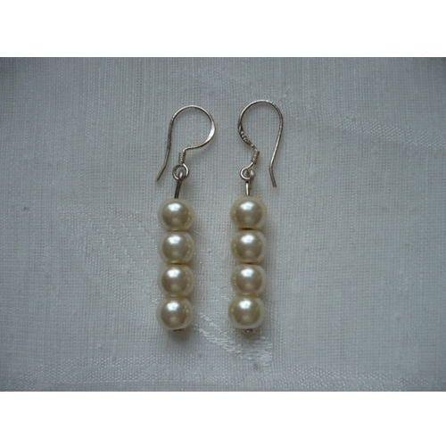 K - 000224 Kolczyki z kremowymi perełkami, kolor beżowy
