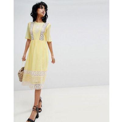 517231a85c81 suknie sukienki self portrait azaelea midi dress in textured lace ...