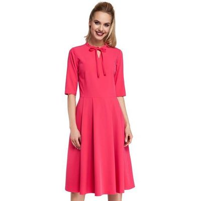e888abc636 Moe Różowa sukienka elegancka rozkloszowana z wiązaniem przy dekolcie MOLLY