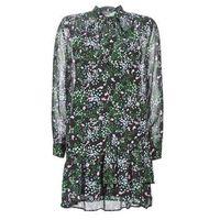 Sukienki krótkie Guess VERONICA 5% zniżki z kodem CMP9AH. Nie dotyczy produktów partnerskich.