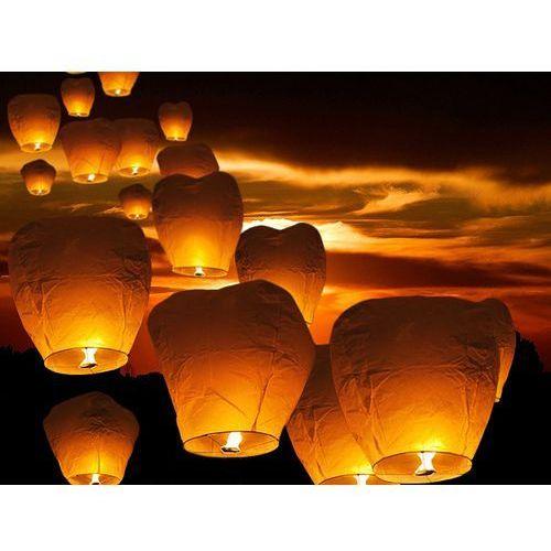 Latające lampiony życzeń - białe balony na ślub - 10 sztuk marki Beliani
