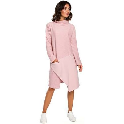 a8b17bb8ed Pudrowa asymetryczna sukienka z golfem marki Moe MOLLY