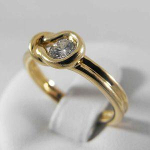 Złoty pierścionek z brylantem P1173