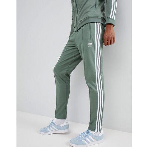 Beckenbauer joggers in green dh5818 green (adidas Originals)