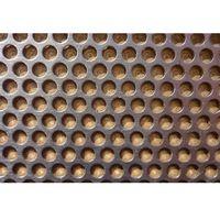 Blacha perforowana na wentylację 0,8/03-04/rv. 10cmx30cm marki Terrasklep