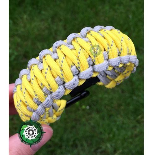 Paracord polska Bransoleta survivalowa z paracordu typ: king cobra z wplecioną metalową regulowaną szeklą