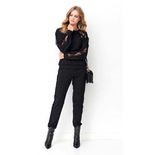 Czarny komplet dresowy z koronką, kolor czarny