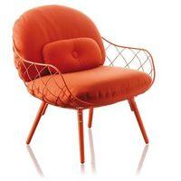 Fotel niski pina czerwona rama i siedzisko, czerwone nogi marki Magis
