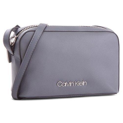 Torebka Drive Camera Bag K60K604459 008, kolor szary (Calvin Klein)