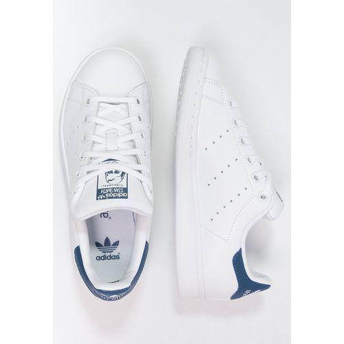 Buty sportowe stan smith j (s74778) marki Adidas