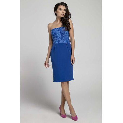5d998315f8 Granatowa koktajlowa sukienka o fasonie tuby z odkrytymi ramionami z koronką