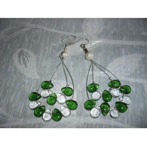 K-00077 Kolczyki z zielonymi i przezroczystymi łezkami, kolor zielony