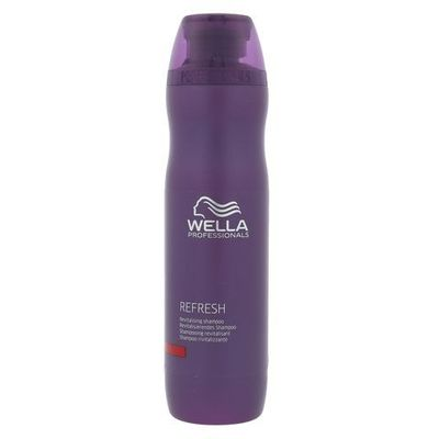 Mycie włosów Wella