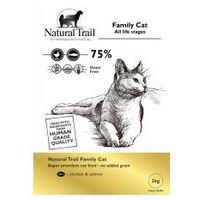 family cat 2kg sucha karma dla kotów marki Natural trail