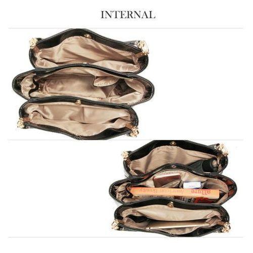 07399aa144db8 Kobaltowo-szafirowa lakierowana torebka na ramię skóra węża - kobaltowy  ||szafirowy - fotografia